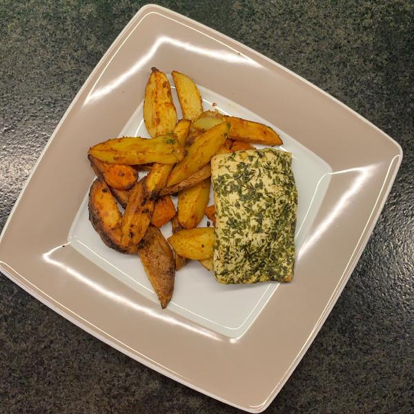 Kartoffelwedges mit Grillkäse